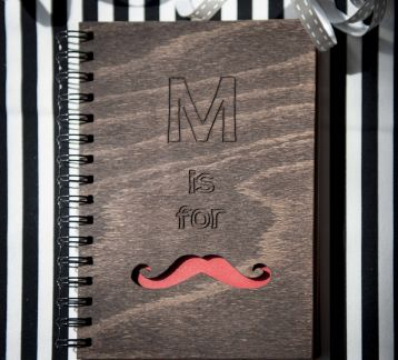 AHŞAP KAPAKLI DEFTER M IS FOR MUSTACHE
