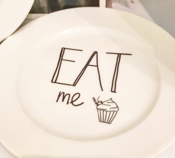 Eat Me - Alice Tabak