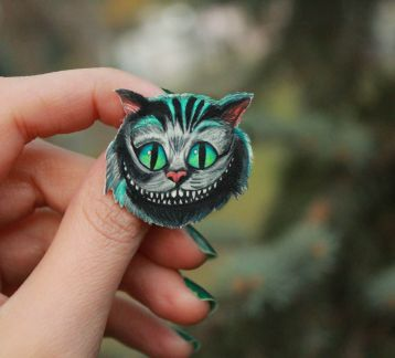 Alice in wonderland-Cheshire cat Broş