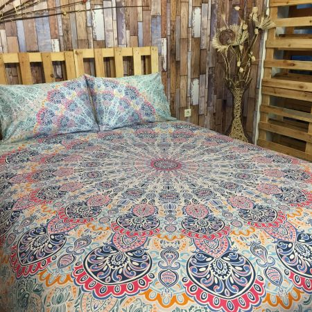SAMPRASADA  MANDALA TAPESTRY & PILLOW SET