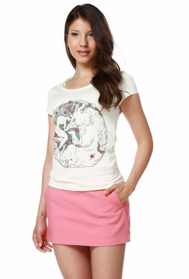 Mumu Woman and Wolf Women T-shirt