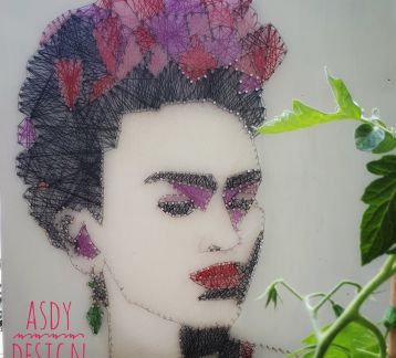 'Frida Kahlo' String Art
